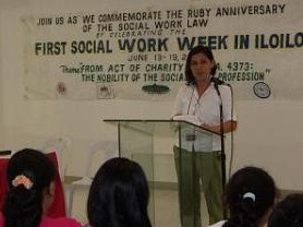 Prof. DZ Patriarca-Lariza, 2005 PASWI-Iloilo President, leads the Social Work Forum during the celebration of the 1st Social Work Week in Iloilo